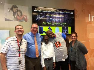 Joey Huff, Ron Hotchkiss, Ben Flemmings, Kamdon Byrd and Brianne Riffle At Valley Central Bank