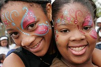 girls facepaint.jpg
